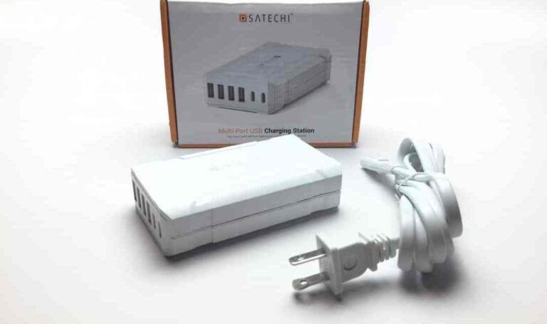 Satechi Multi-Device Charging Station